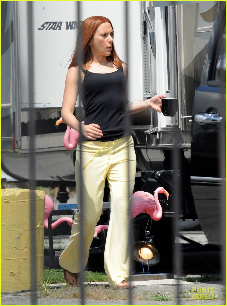 scarlett johannson red hair on captain america the winter soldier set 162856697