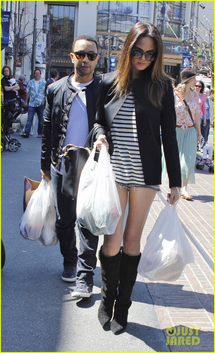 chrissy teigen john legend the grove couple 12