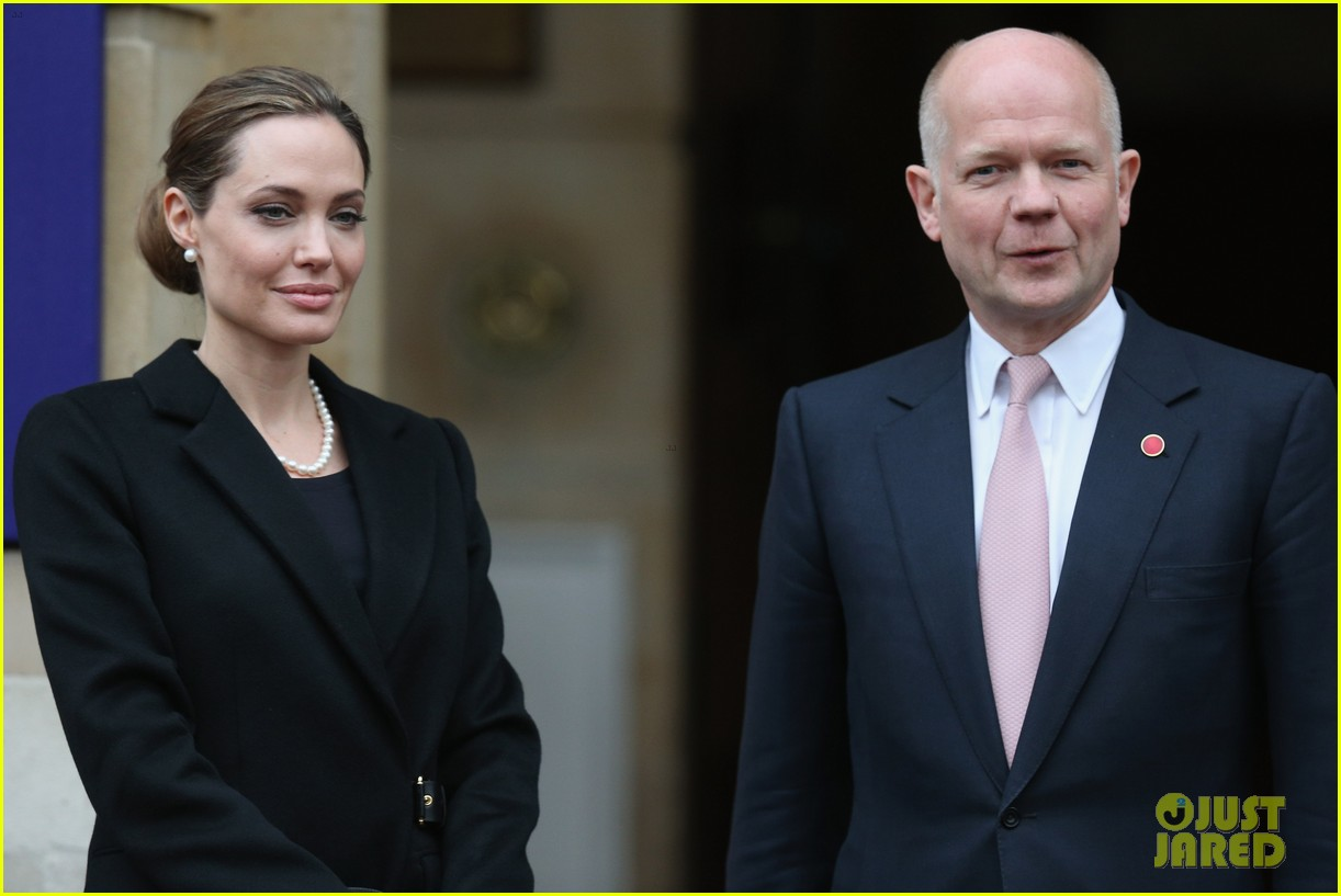angelina jolie g8 foreign ministers conference 012847624