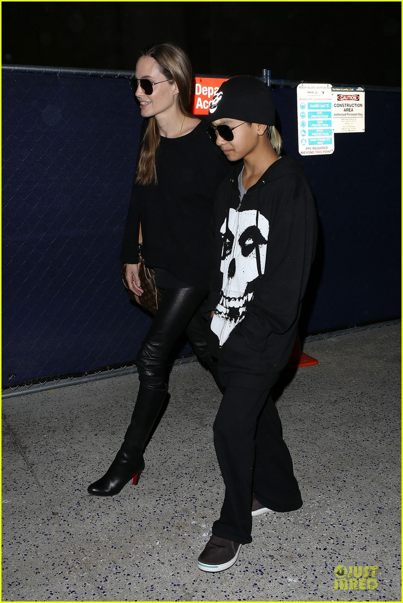 angelina jolie lax arrival with maddox 082848579