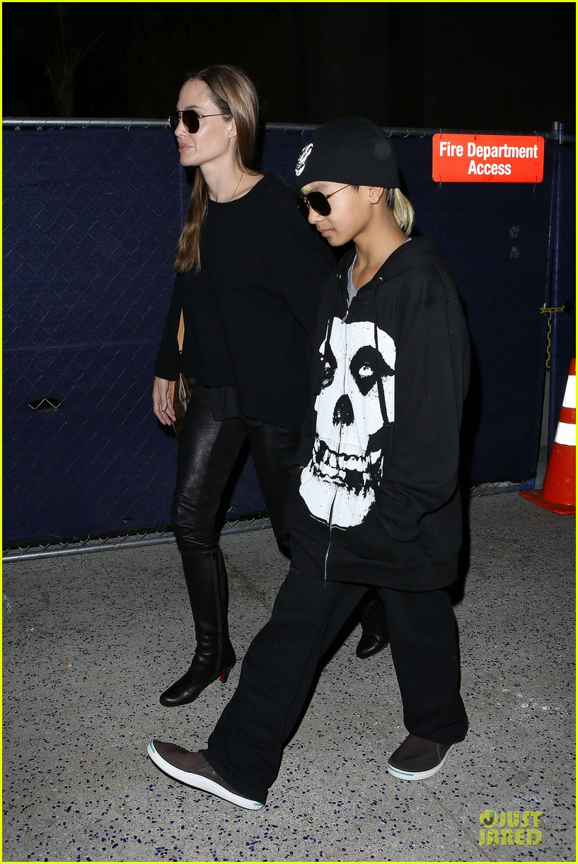 angelina jolie lax arrival with maddox 122848583
