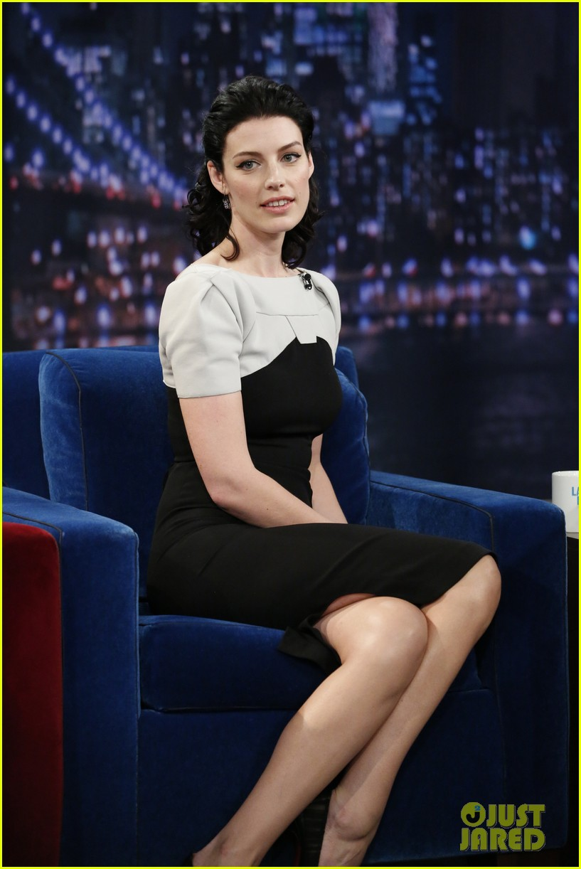 january jones jessica pare 92y talk with matthew weiner 042857785