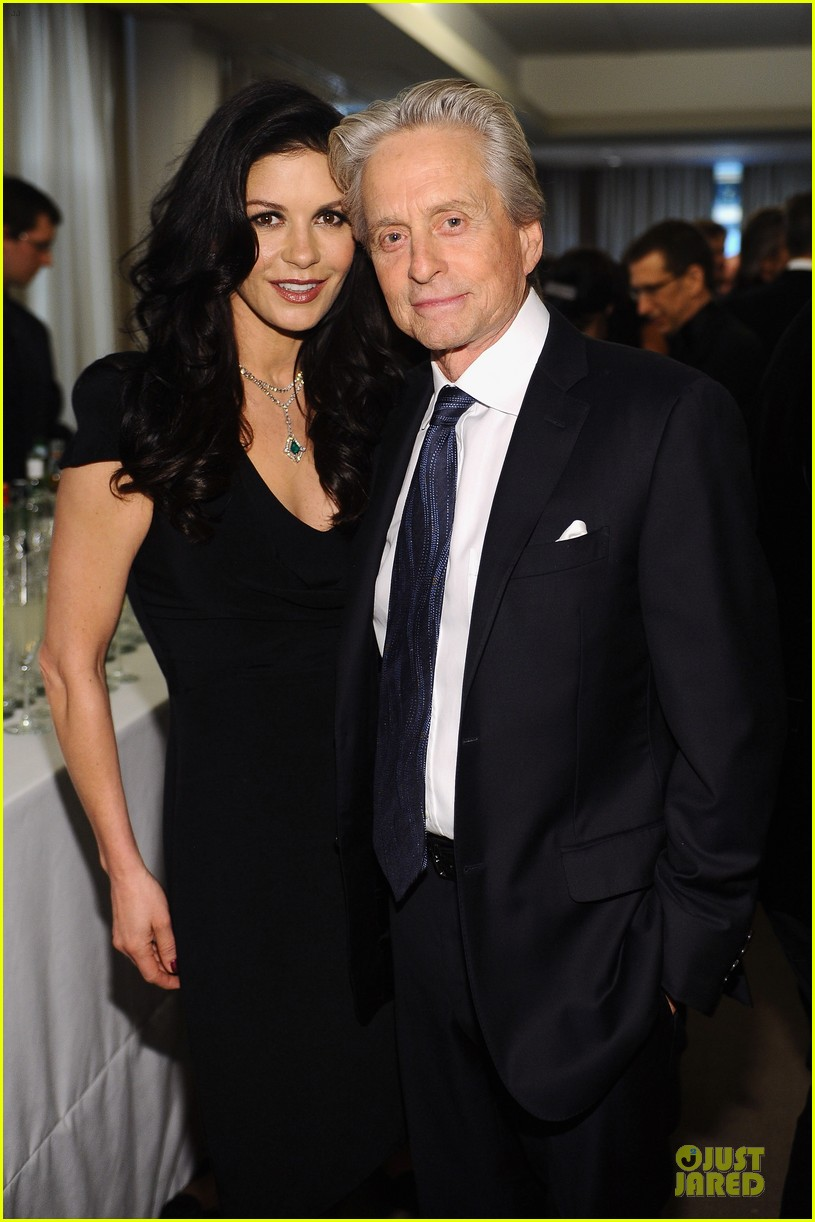 catherine zeta jones michael douglas chaplin award gala 06