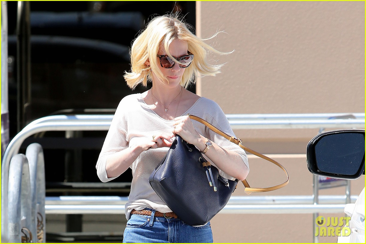 january jones friday fedex stop 232853757
