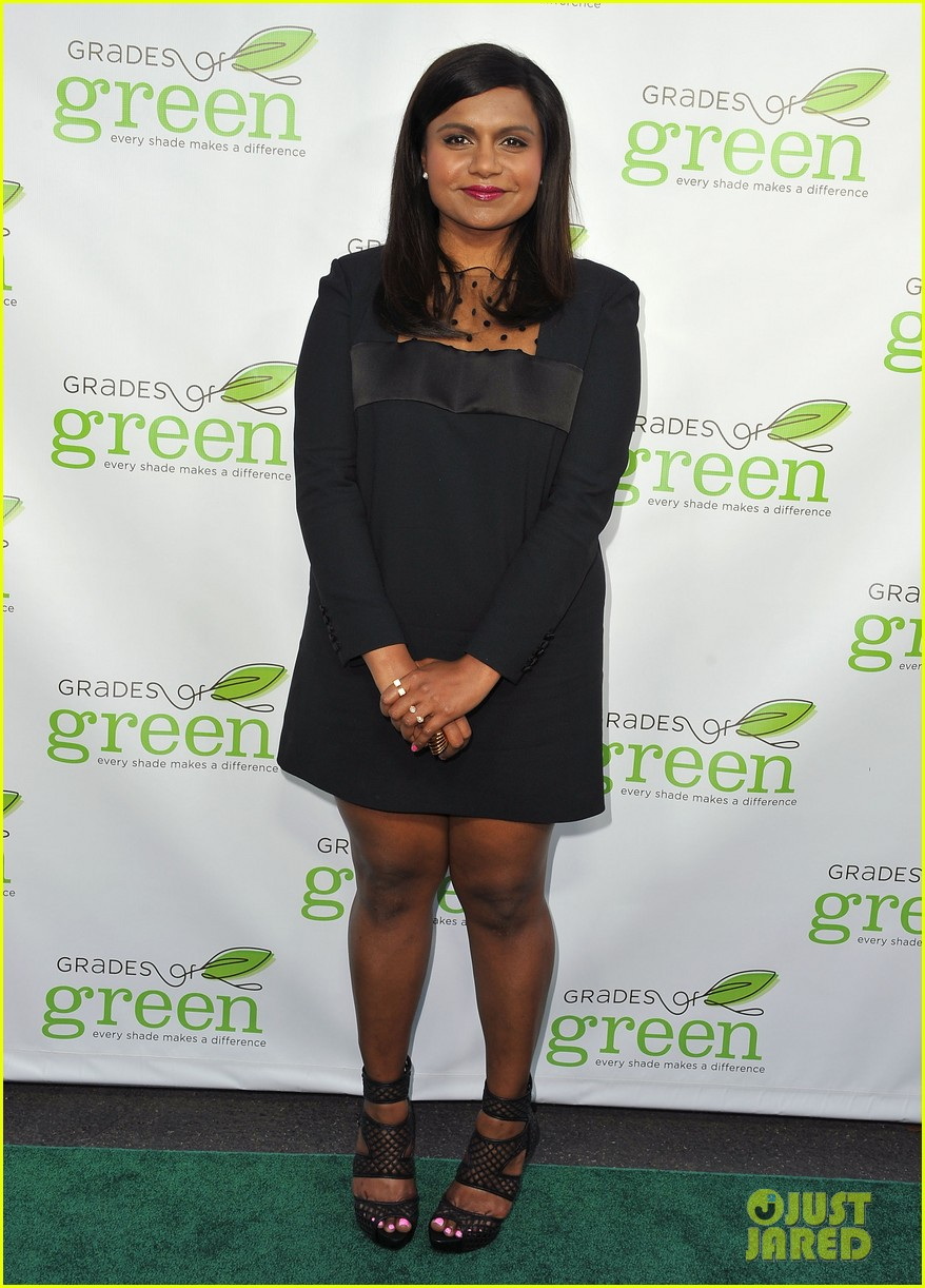 mindy kaling darren criss verde grades of green fundraiser 012848178