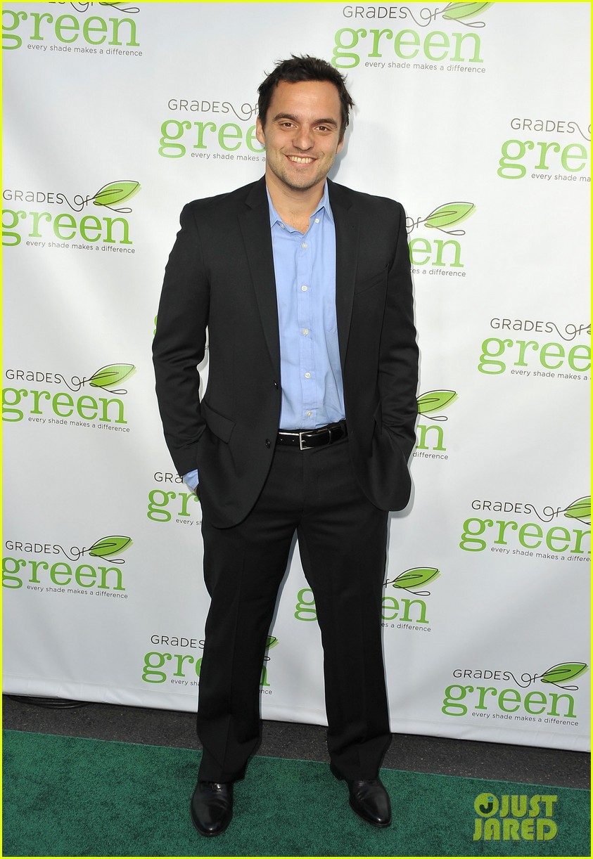 mindy kaling darren criss verde grades of green fundraiser 082848185