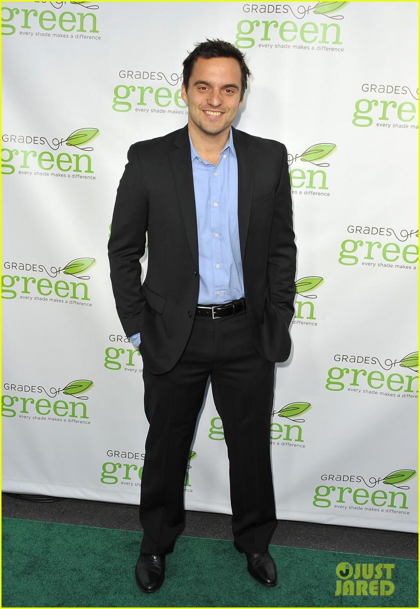 mindy kaling darren criss verde grades of green fundraiser 082848185