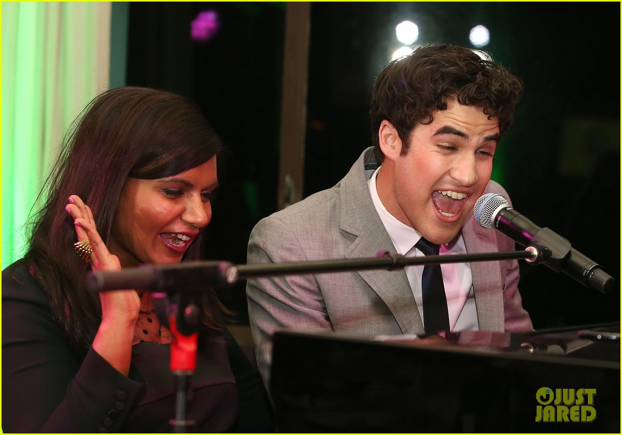 mindy kaling darren criss verde grades of green fundraiser 182848195