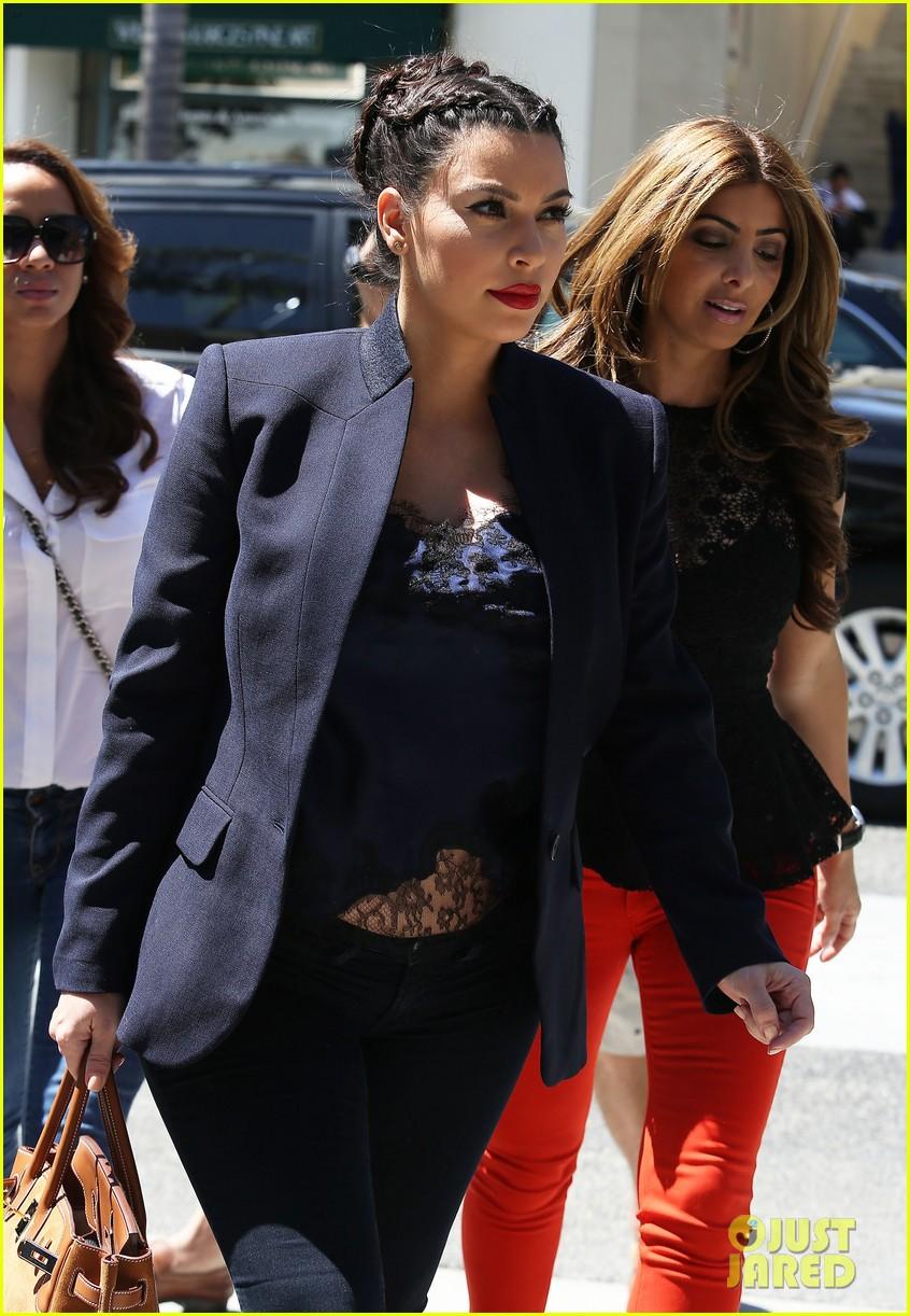 kim kardashian bares pregnant tummy in belly shirt 102852852