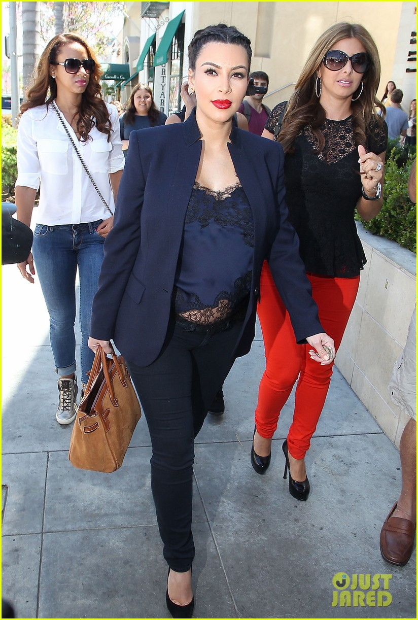kim kardashian bares pregnant tummy in belly shirt 152852857