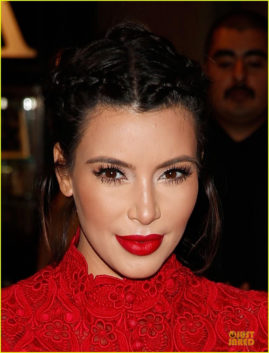 pregnant kim kardashian glam perfume promotion in las vegas 212848933
