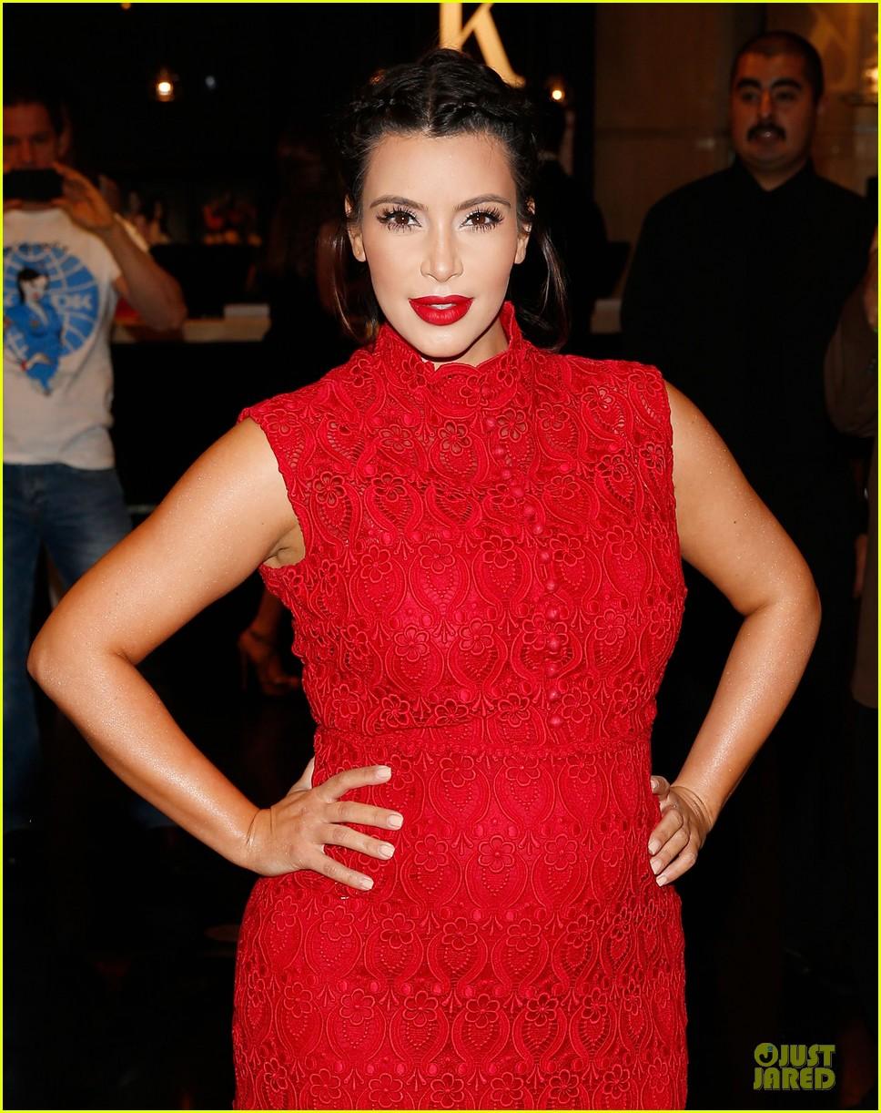 pregnant kim kardashian glam perfume promotion in las vegas 272848939