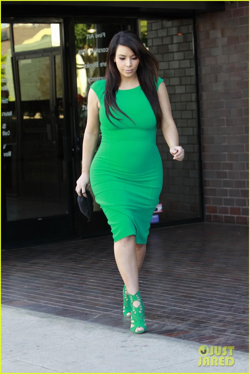 Kim Kardashian: Bright Green Baby Bump!: Photo 2852062 | Kim ...