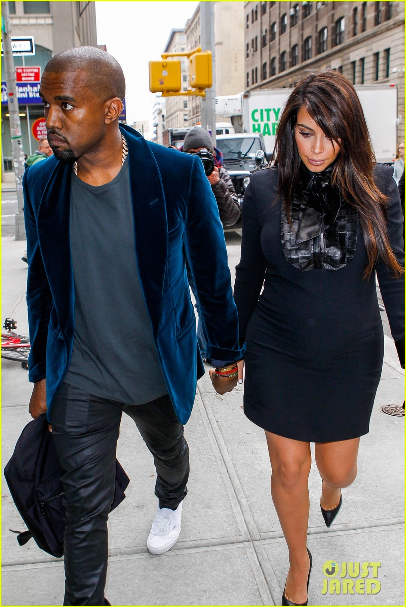kim kardashian kanye west hold hands in nyc 082856607