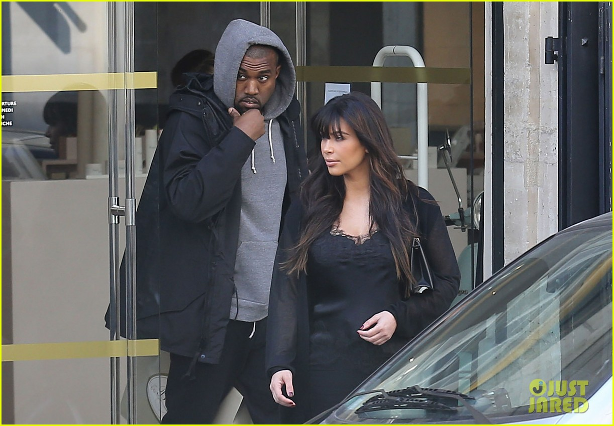kim kardashian pregnant paris getaway with kanye west 21