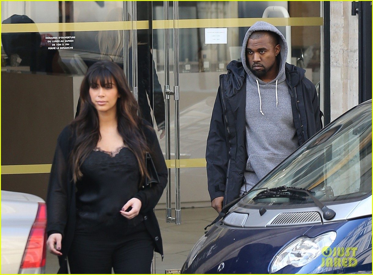 kim kardashian pregnant paris getaway with kanye west 252841985
