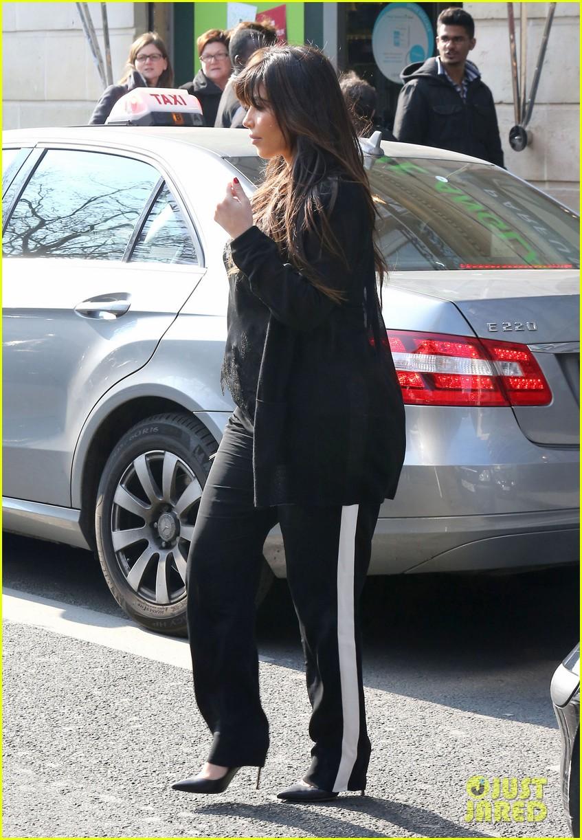 kim kardashian pregnant paris getaway with kanye west 302841990