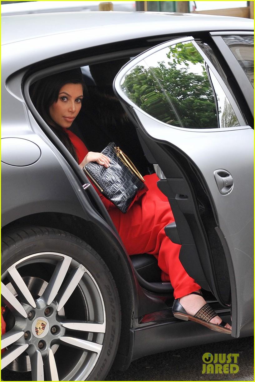 kim kardashian kanye west reunited in paris 082861301