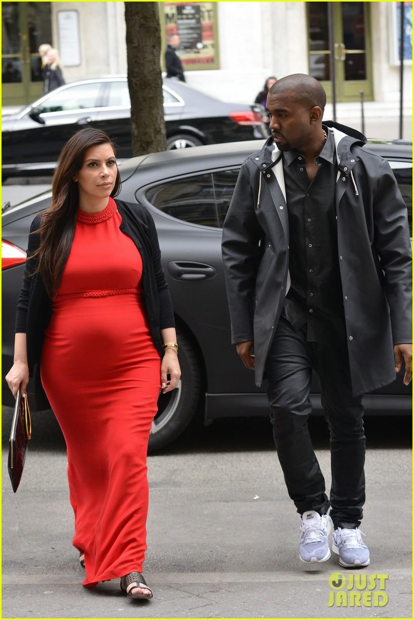 kim kardashian kanye west reunited in paris 262861319