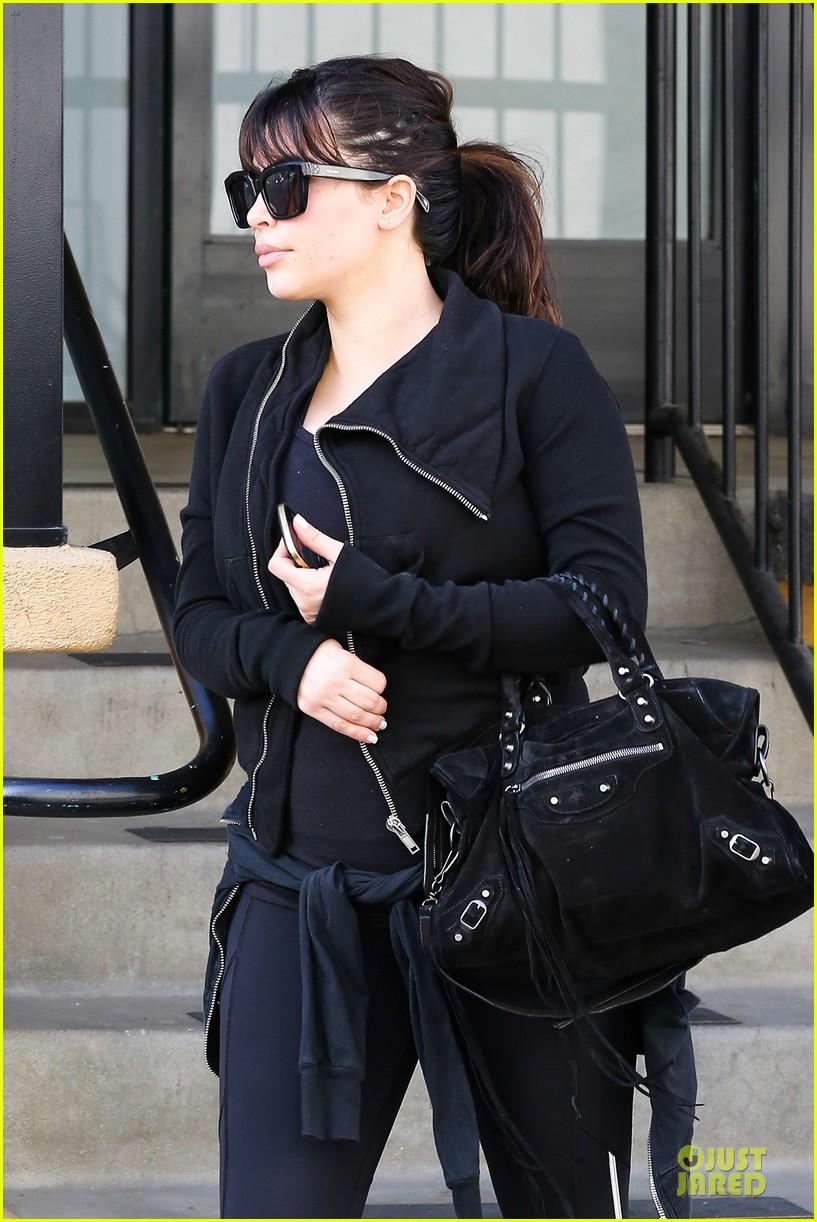 kim kardashian pregnant brentwood workout 042843847