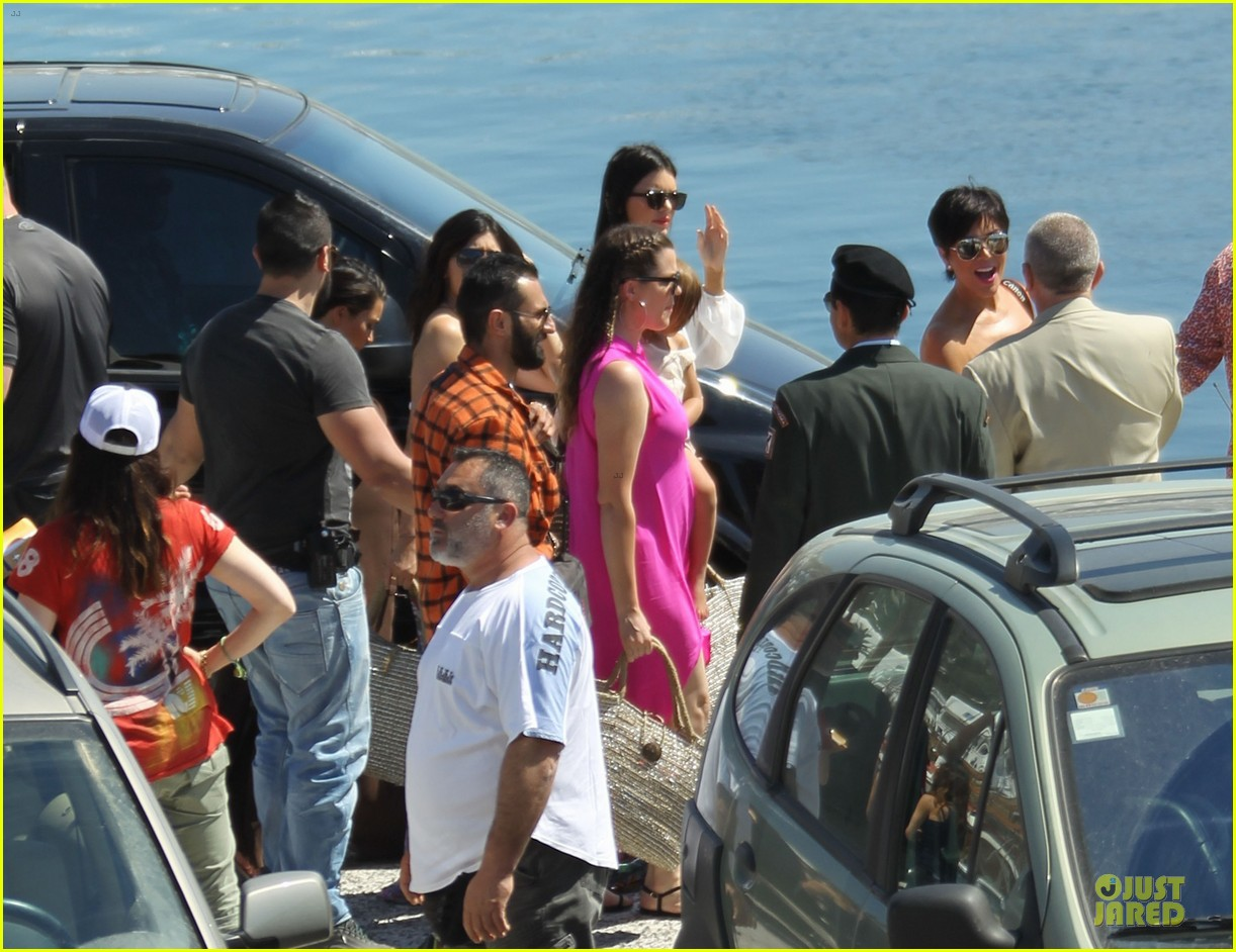 pregnant kim kardashian greece yacht with family 302859304