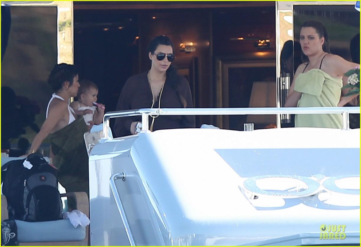 pregnant kim kardashian greece yacht with family 442859318