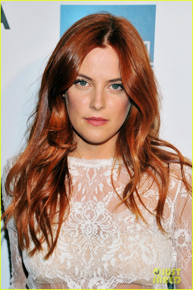 riley keough mistaken for strangers tribeca premiere 09
