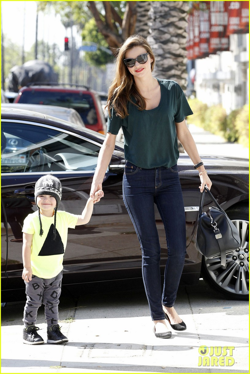 miranda kerr steps out amidst victorias secret contract rumors 052847775