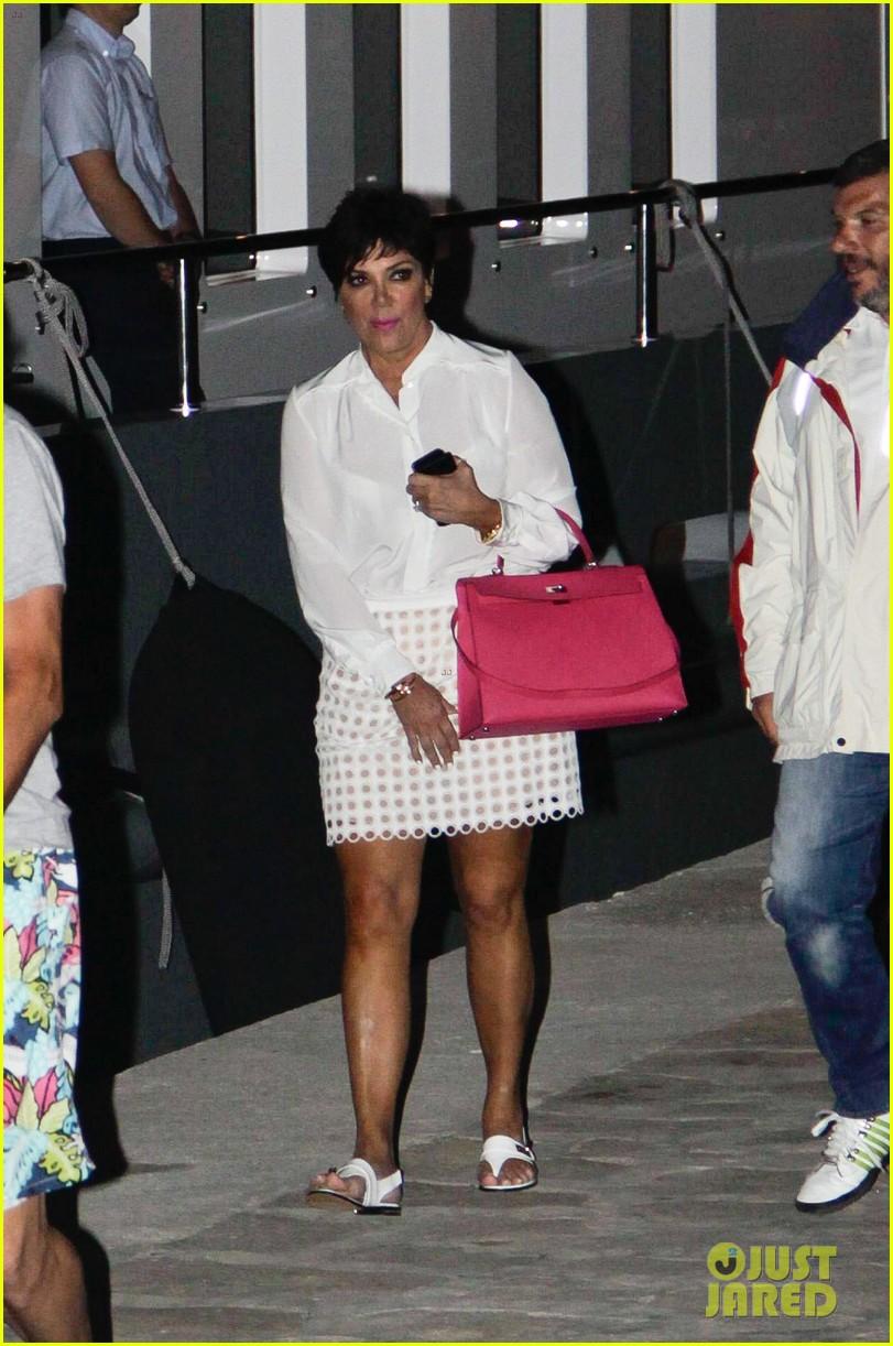 pregnant kim kardashian family boat ride in greece 272860212