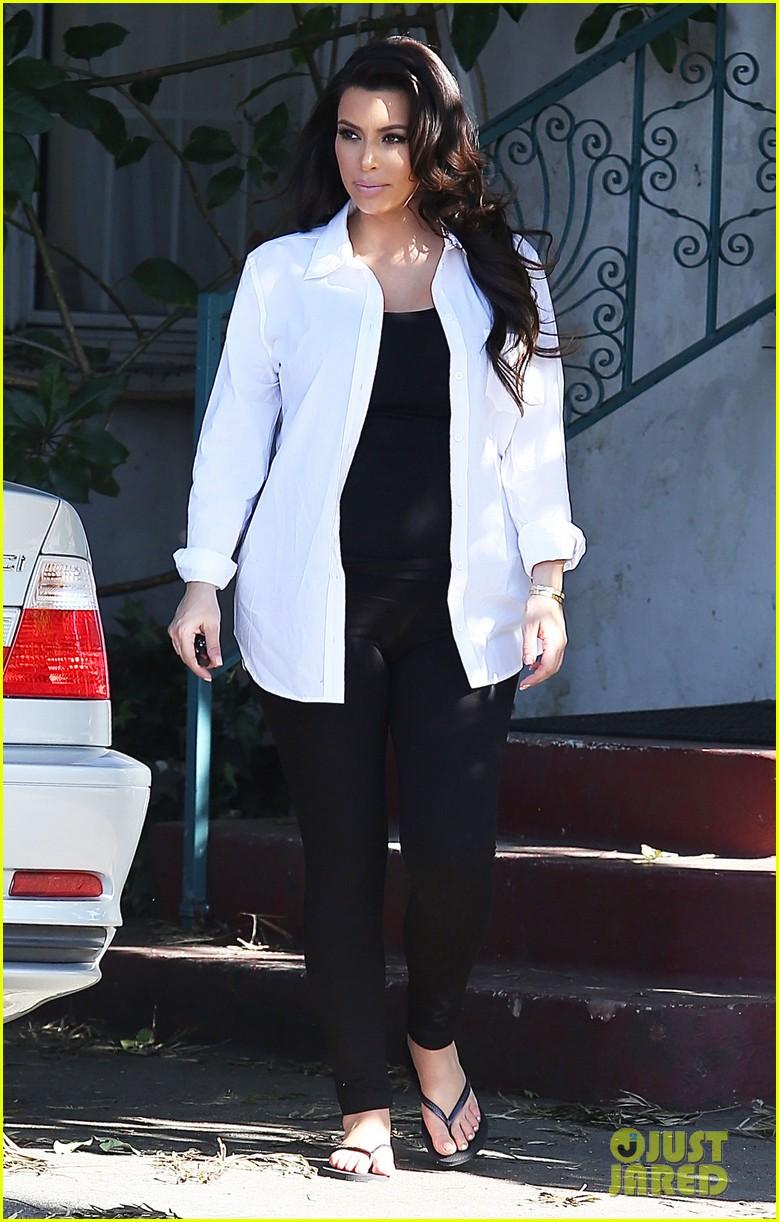 kim kardashian post divorce settlement manicure 052853884