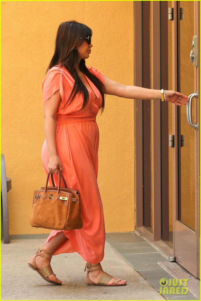 pregnant kim kardashian sunday family church service 192844942