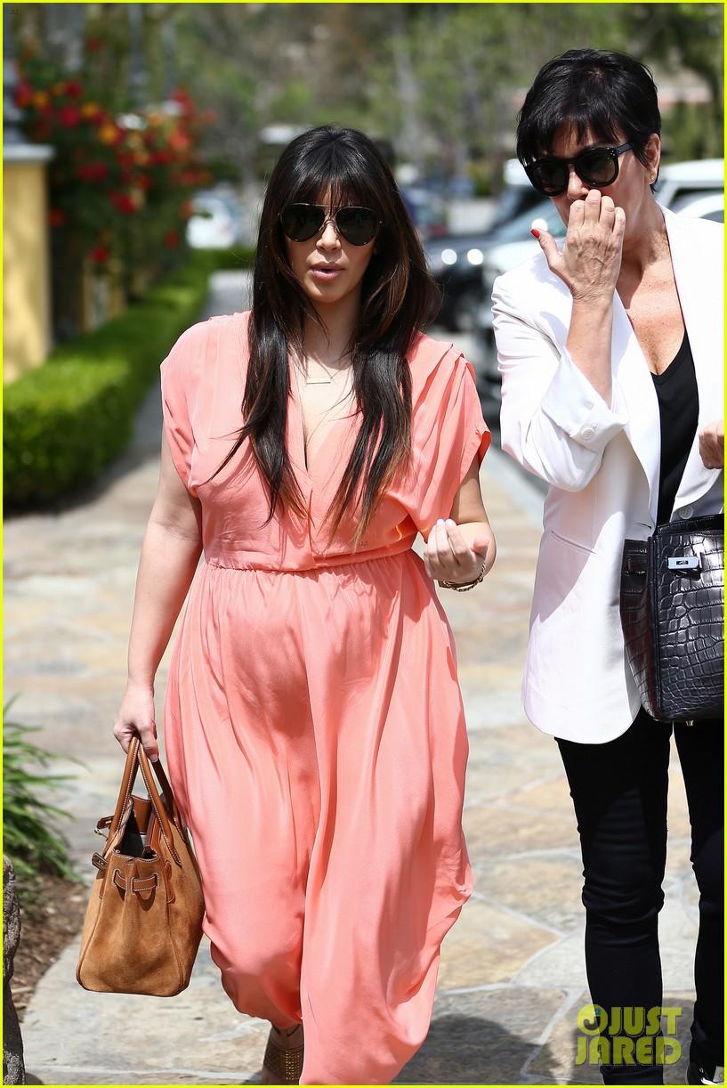 pregnant kim kardashian sunday family church service 372844960