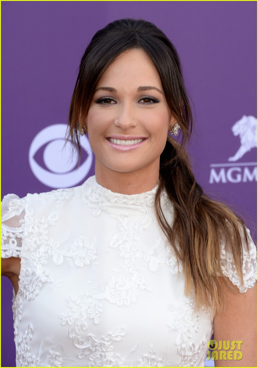 jana kramer kacey musgraves acm awards 2013 022845061