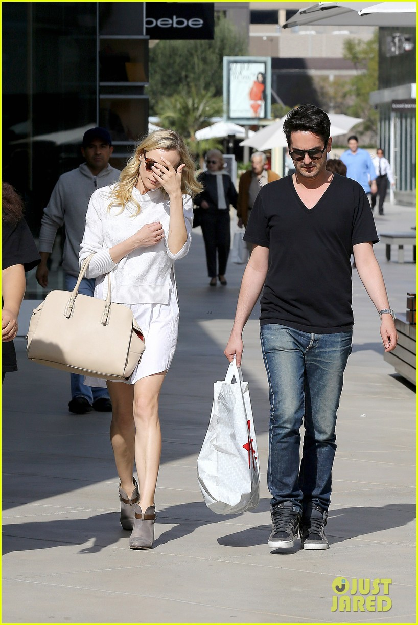 diane kruger joshua jackson whole foods 092842879
