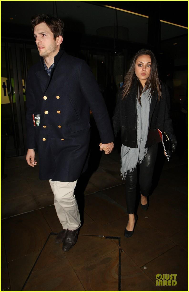 milia kunis ashton kutcher holding hands in london 022848463