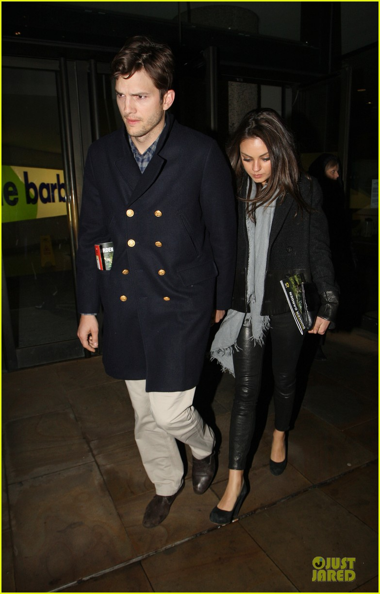 milia kunis ashton kutcher holding hands in london 10