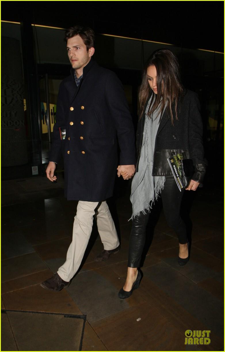 milia kunis ashton kutcher holding hands in london 162848477