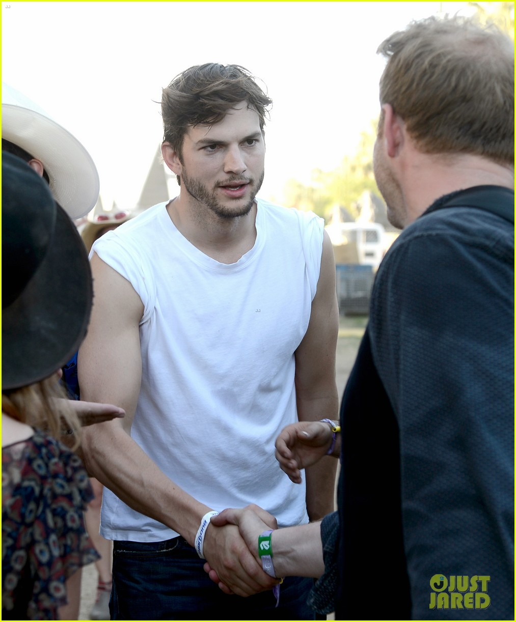 ashton kutcher involved in violent fight at stagecoach festival 022859715