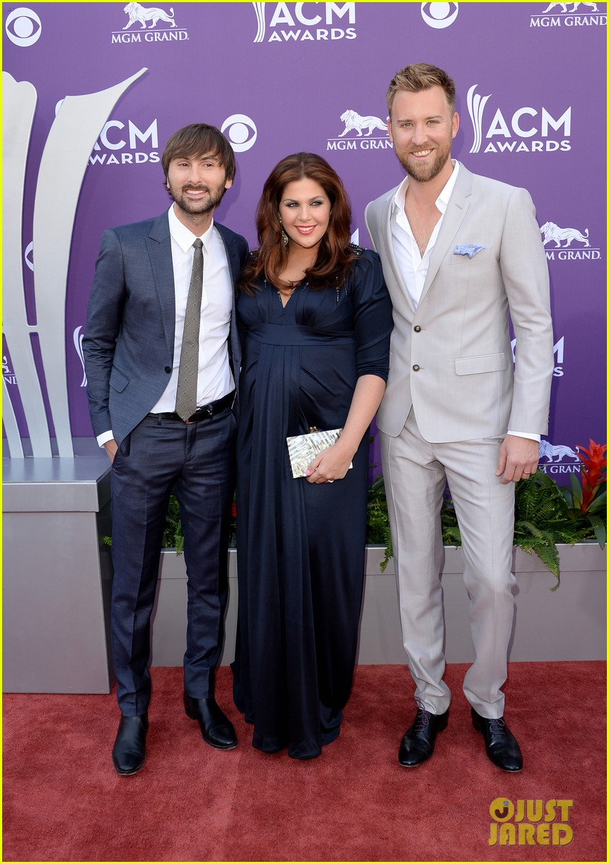 lady antebellum acm awards 2013 red carpet 042845072