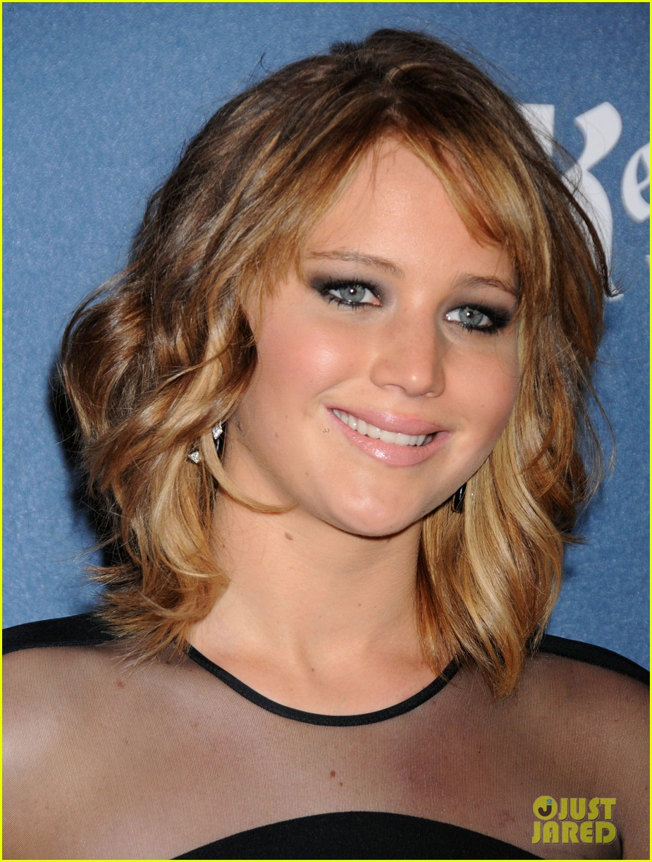 jennifer lawrence new short hair at glaad media awards 2013 022854443