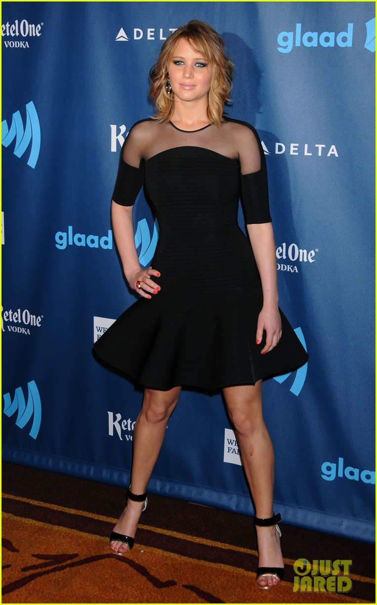 jennifer lawrence new short hair at glaad media awards 2013 09
