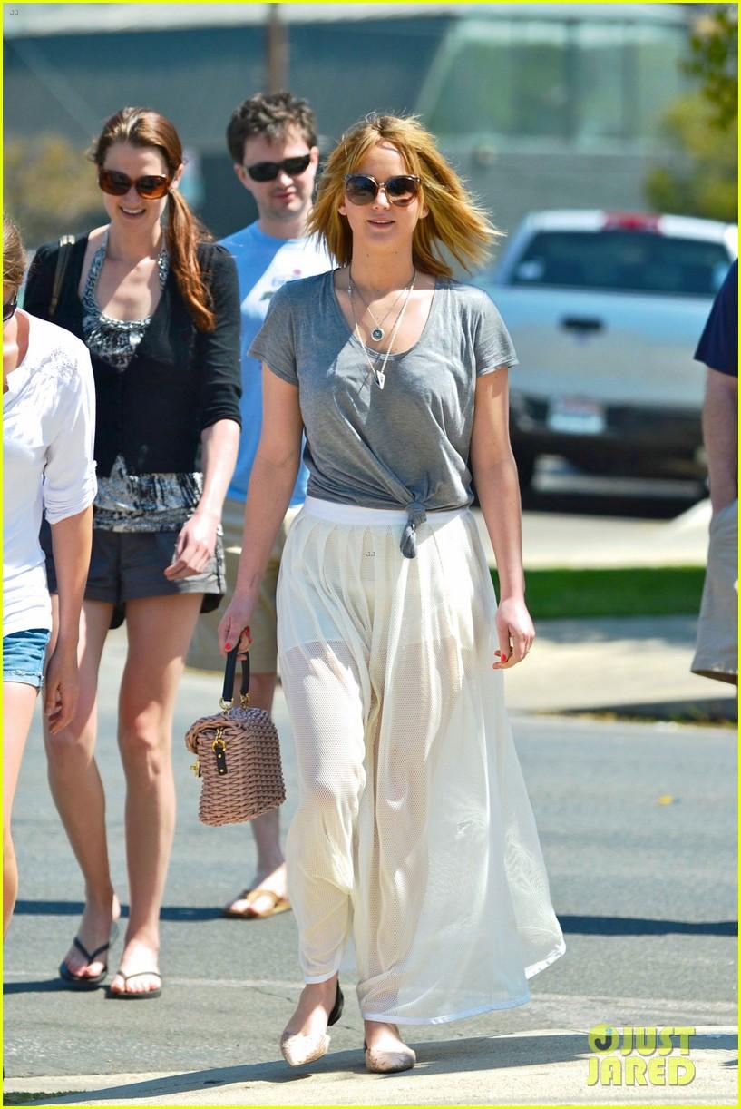 Jennifer Lawrence Short Hair Sheer Skirt For Sunday Brunch Photo 2855648 Jennifer Lawrence Sheer Pictures Just Jared