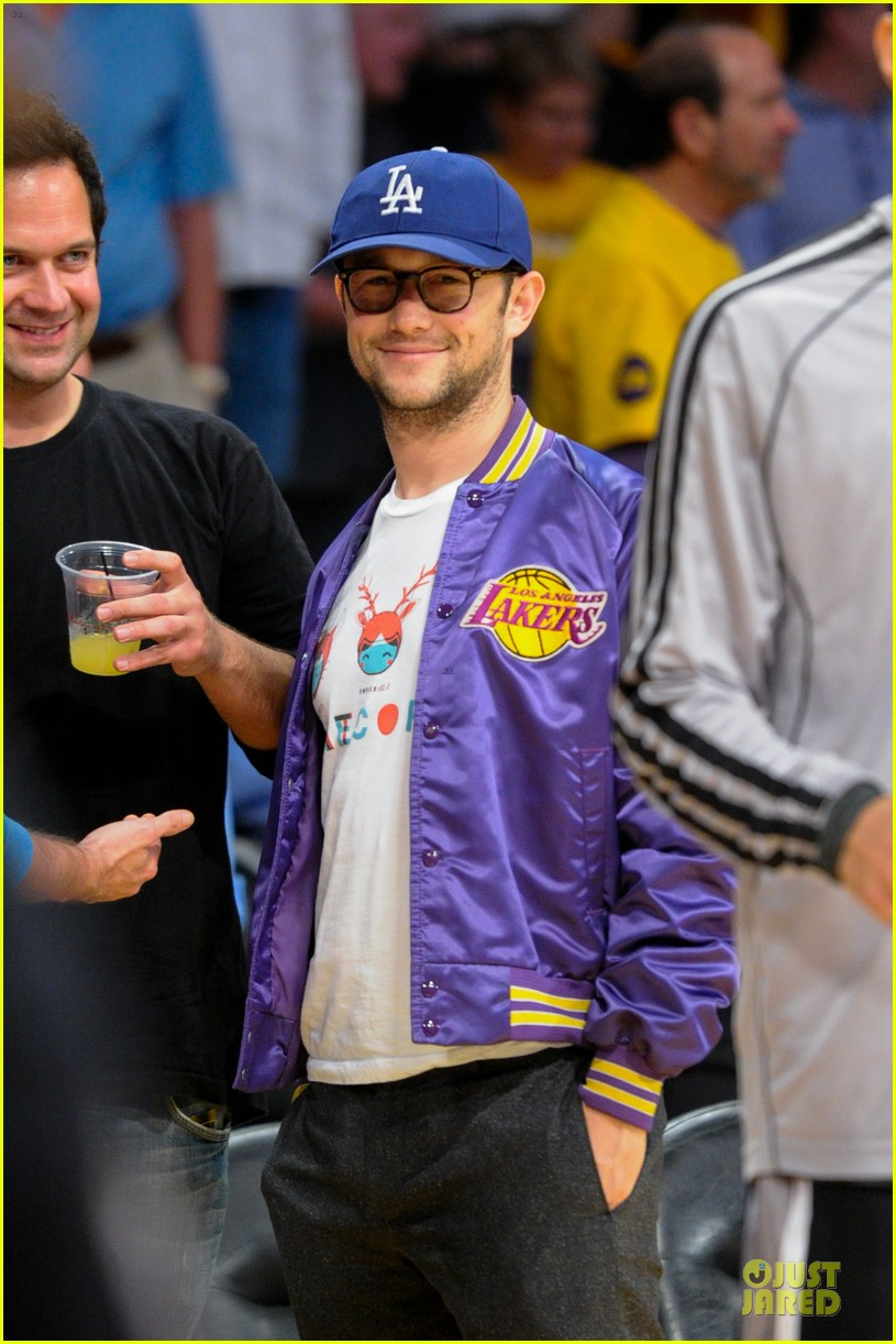 joseph gordon levitt los angeles lakers playoff game 032859149