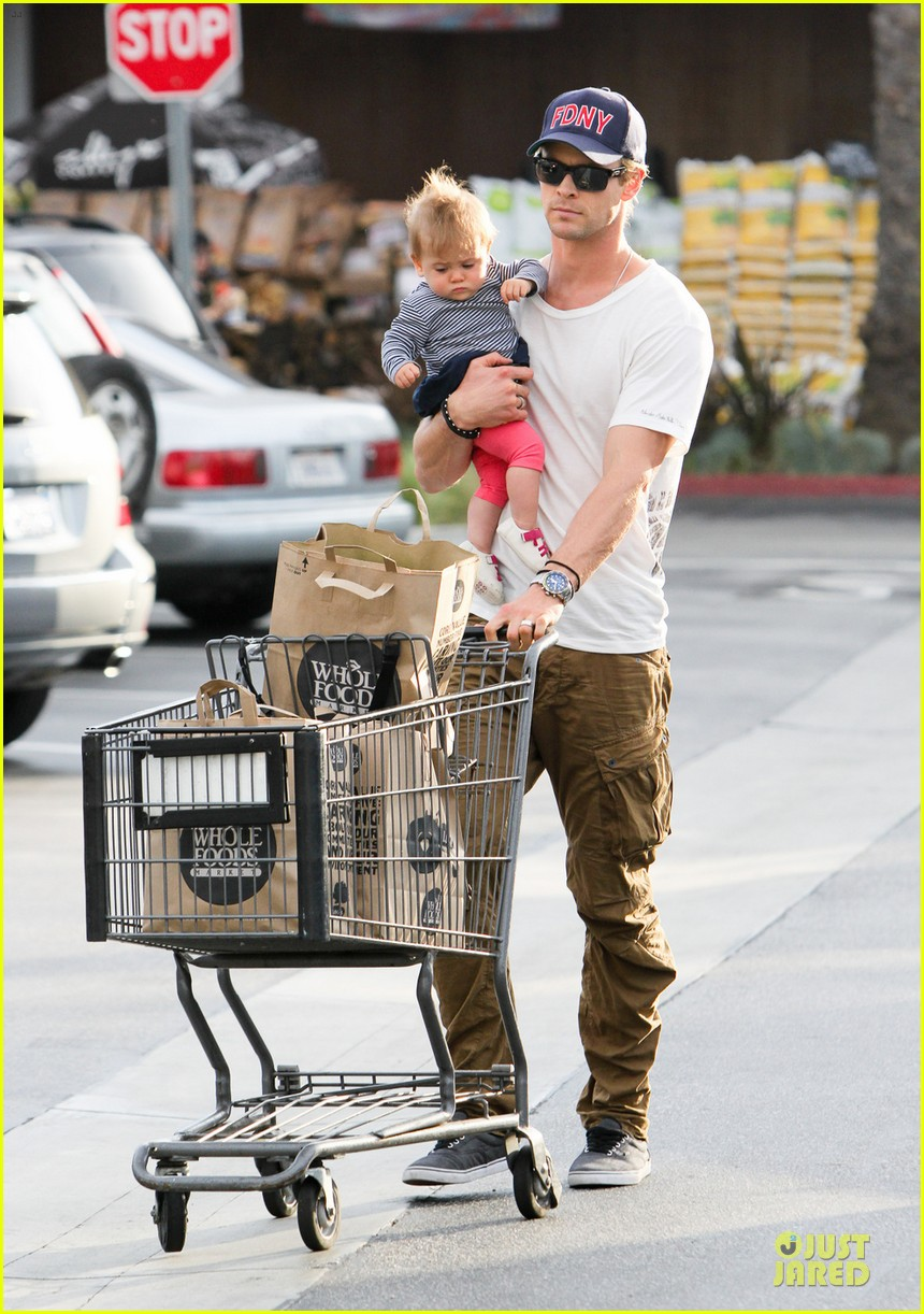 liam chris hemsworth filling up on gas groceries 062844386