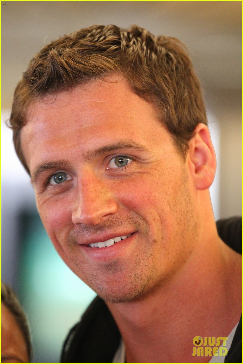 ryan lochte shirtless cosmopolitan feature 022852076