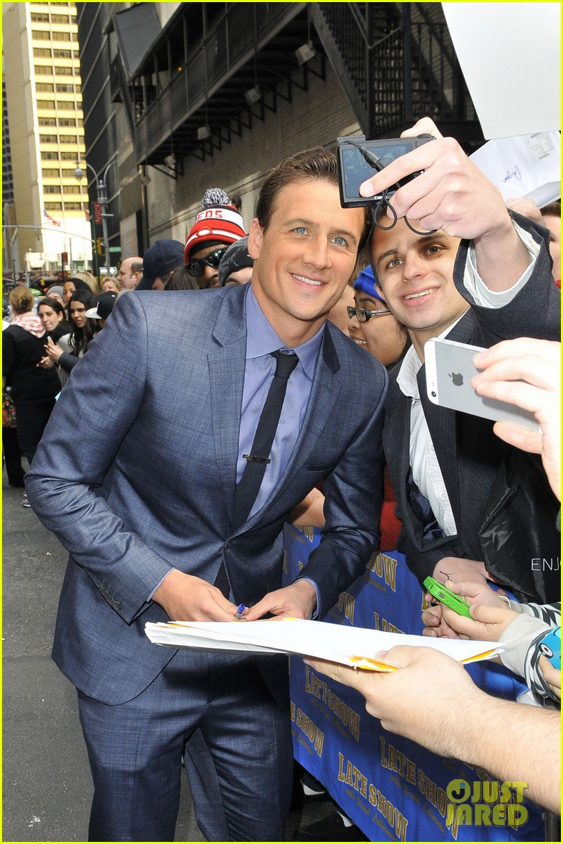 ryan lochte late show with david letterman visit 102856348