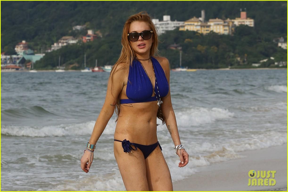 lindsay lohan bikini beach babe in brazil 062842648