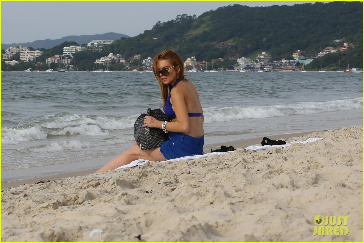 lindsay lohan bikini beach babe in brazil 272842669