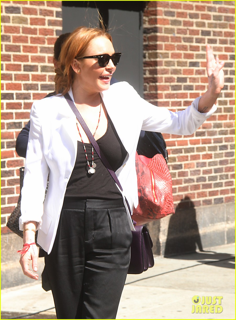 lindsay lohan david letterman appearance tonight 02