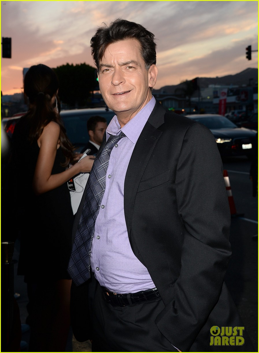 lindsay lohan scary movie 5 premiere with charlie sheen 09